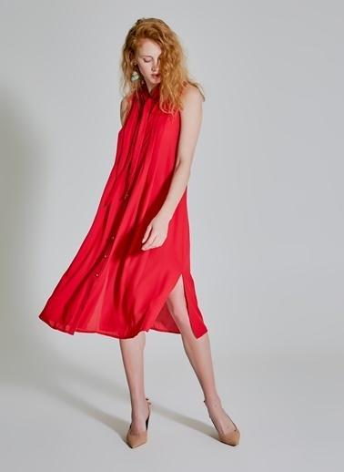 People By Fabrika Yakası Bağlama Detaylı Bol Kesim Elbise Kırmızı